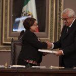 El gobernador interino acude al Congreso a presentar informe